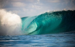 September / october 2012 - Teahupoo
